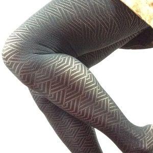 Hot Topic Accessories - Art Deco Zig Zag Print Black Tights